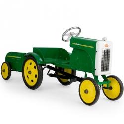 Tracteur à pédales et sa remorque