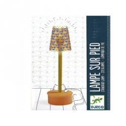 Petit home - Lampe sur pied