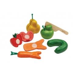 Set de fruits et légumes tordus