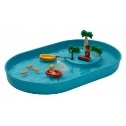 Plan d'eau avec îlot