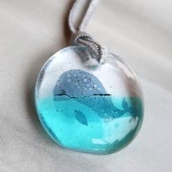 Bijoux collier baleine