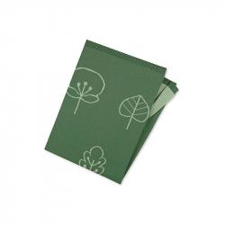 Couverture tricot feuille verte