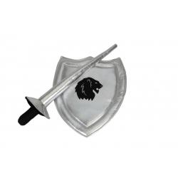 Bouclier et lance de chevalier argenté